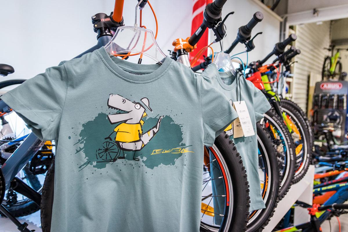 Fahrradbekleidung bei Juma Zweiräder in Glattbach bei Aschaffenburg
