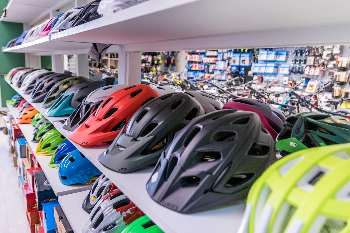 Fahrradzubehör bei Juma Zweiräder in Glattbach bei Aschaffenburg